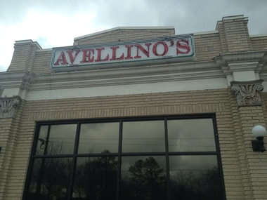 Avellinos Pizza