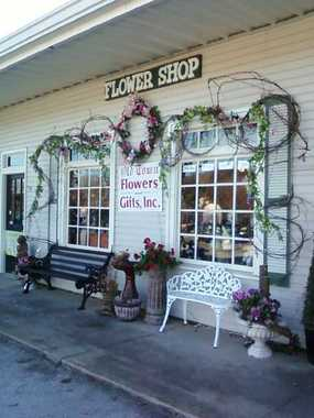 Old Town Flowers & Gift Shop
