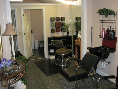 Clipper &amp; Co Hair Salon