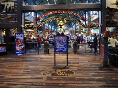 Bass Pro Shops