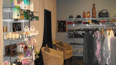 Color Salon & Boutique