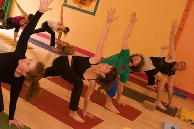 Laughing Lotus Yoga Ctr