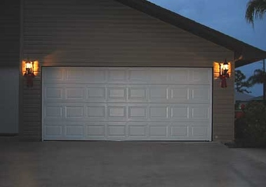 Encanto Leading Garage & Gate
