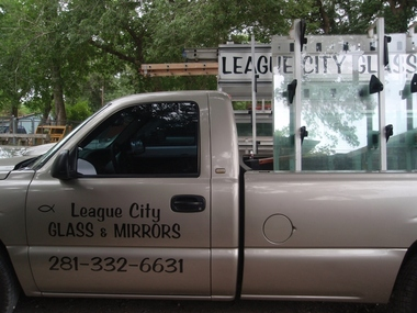 League City Glass & Mirrors