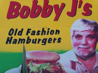 Bobby J&#039;s Old Fashioned Hmbrgr