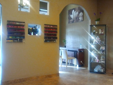 Centre Pointe Nails & Spa
