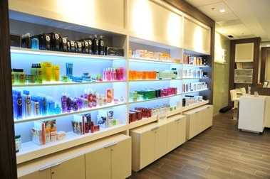 PURE SALON &amp; SPA