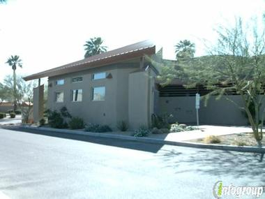 Lipovitch, Wayne, Dvm - Palm Valley Animal Clinic