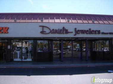 Daniel&#039;s Jewelers