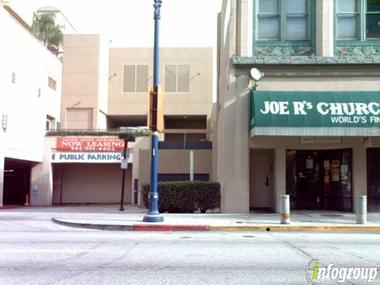 Joe R's Churchill's-Long Beach