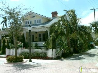 Palm Beach Hibiscus B &amp; B