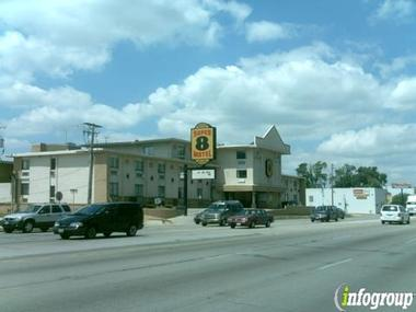 Super 8 Motel - Franklin PK / O Hare / Chicago