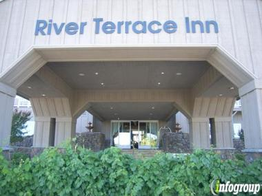River Terrace Inn