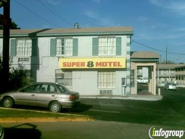 Super 8-Central Downtown