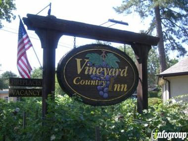 Vineyard Country Inn