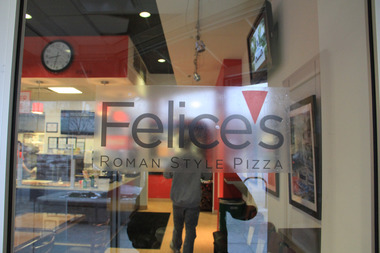 Felice&#039;s Roman Style Pizza