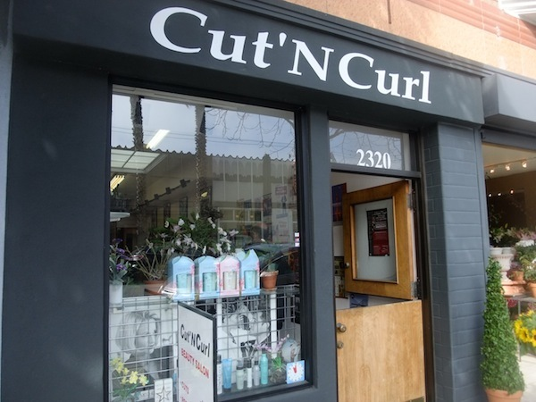 Cut'n Curl Beauty Salon