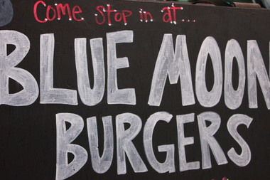 Blue Moon Burgers Inc