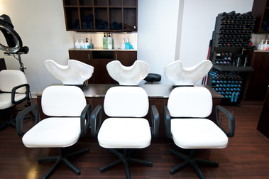 Johnathan Breitung Salon & Luxury Spa